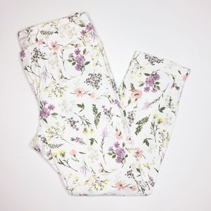 Old Navy floral pixie pants cropped size 10 white